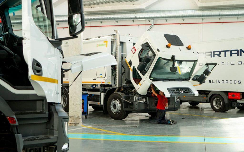إسبانيا: تحويل محركات شاحنات جمع النفايات إلى الغاز